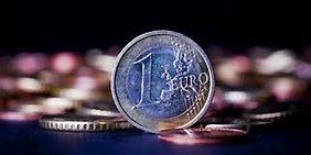 Stehende 1-Euro-Münze